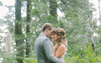 RUSTIC ROMANCE AT GROUSE MOUNTAIN
