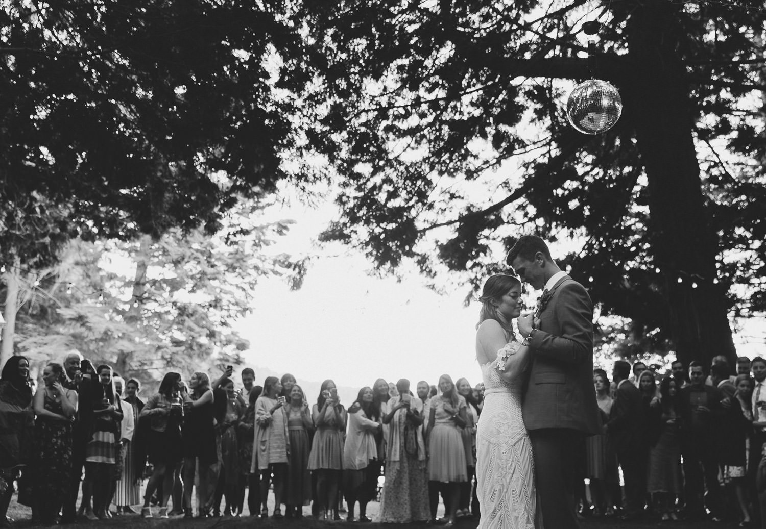 First dance as husband and wife | Photo: Camilla Anchisi