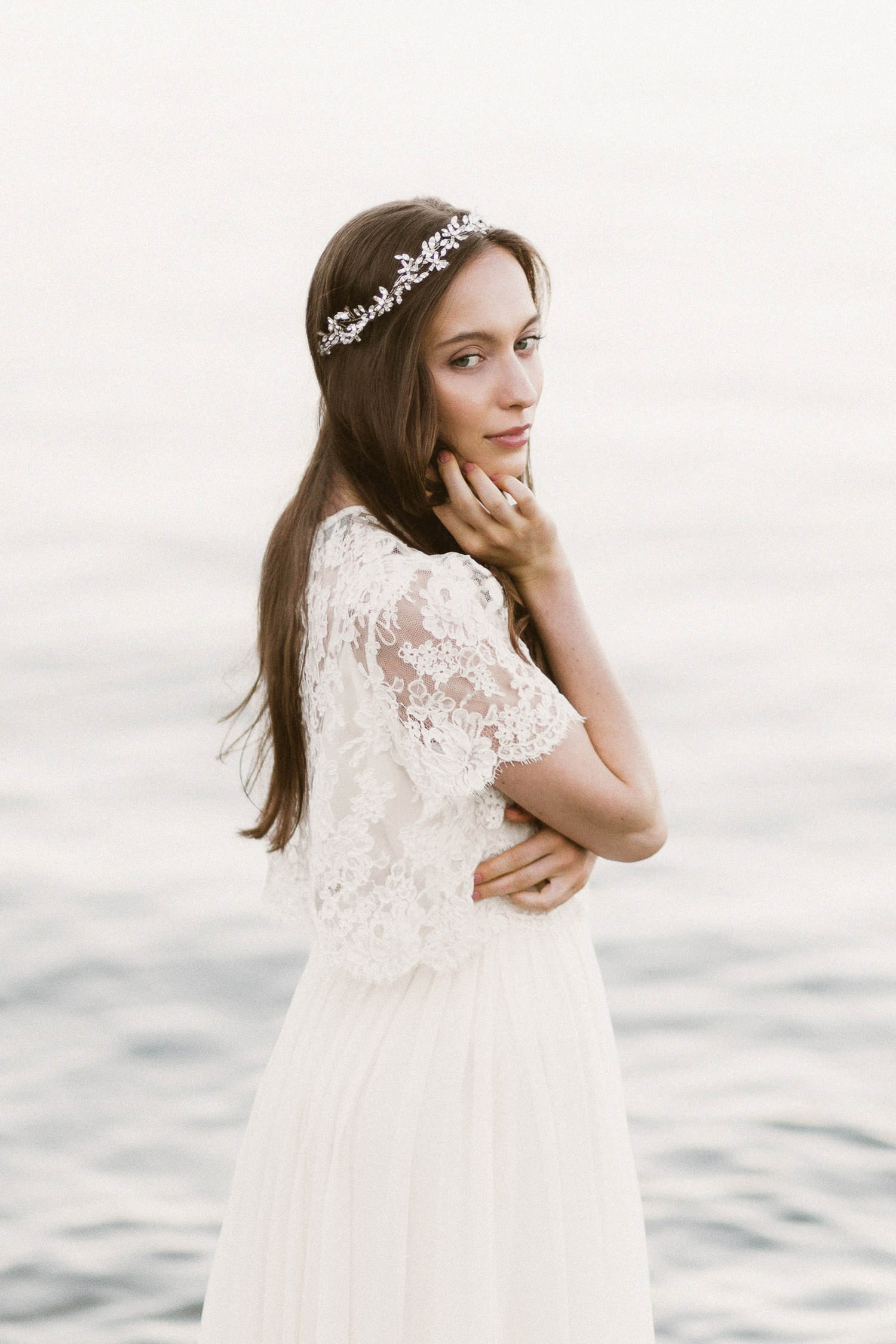 Ethereal Fine Art bride with a beautiful Alexandra Grecco gown - Photo: Camilla Anchisi, Italian destination wedding photographer