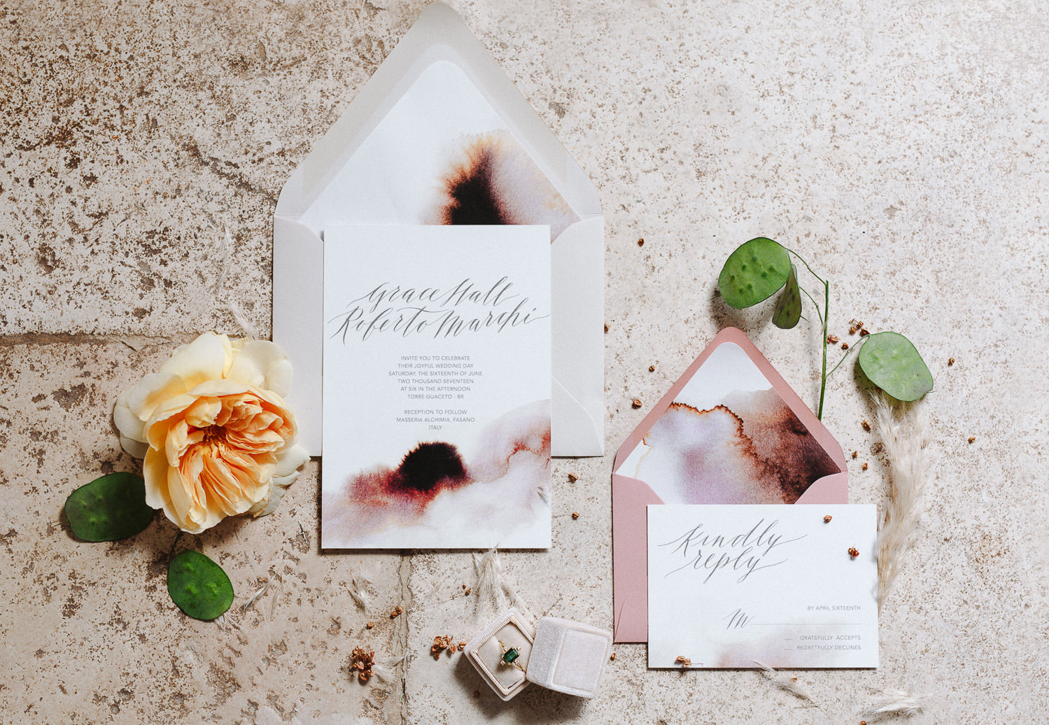 Bespoke wedding suite invitation made by Camilla Anchisi Design for a modern and ethereal elopement in Puglia - Photo: Camilla Anchisi Photography