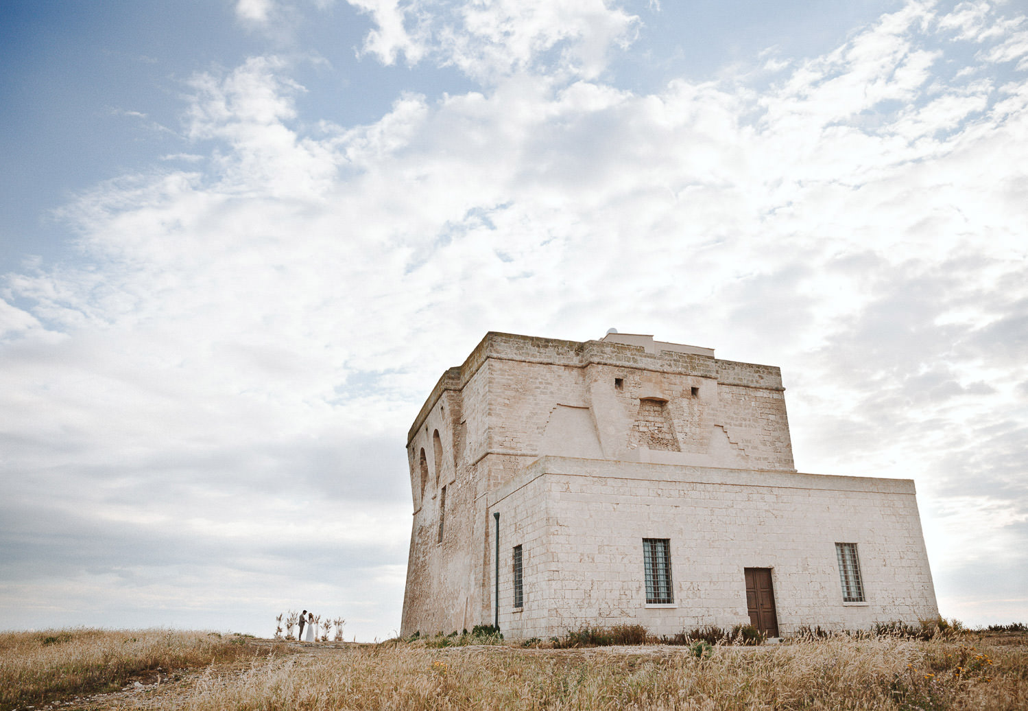 Intimate wedding ceremony at Torre Guaceto - Puglia