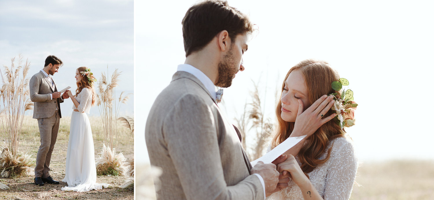 Emotional outdoor wedding ceremony in Puglia - Photo: Camilla Anchisi