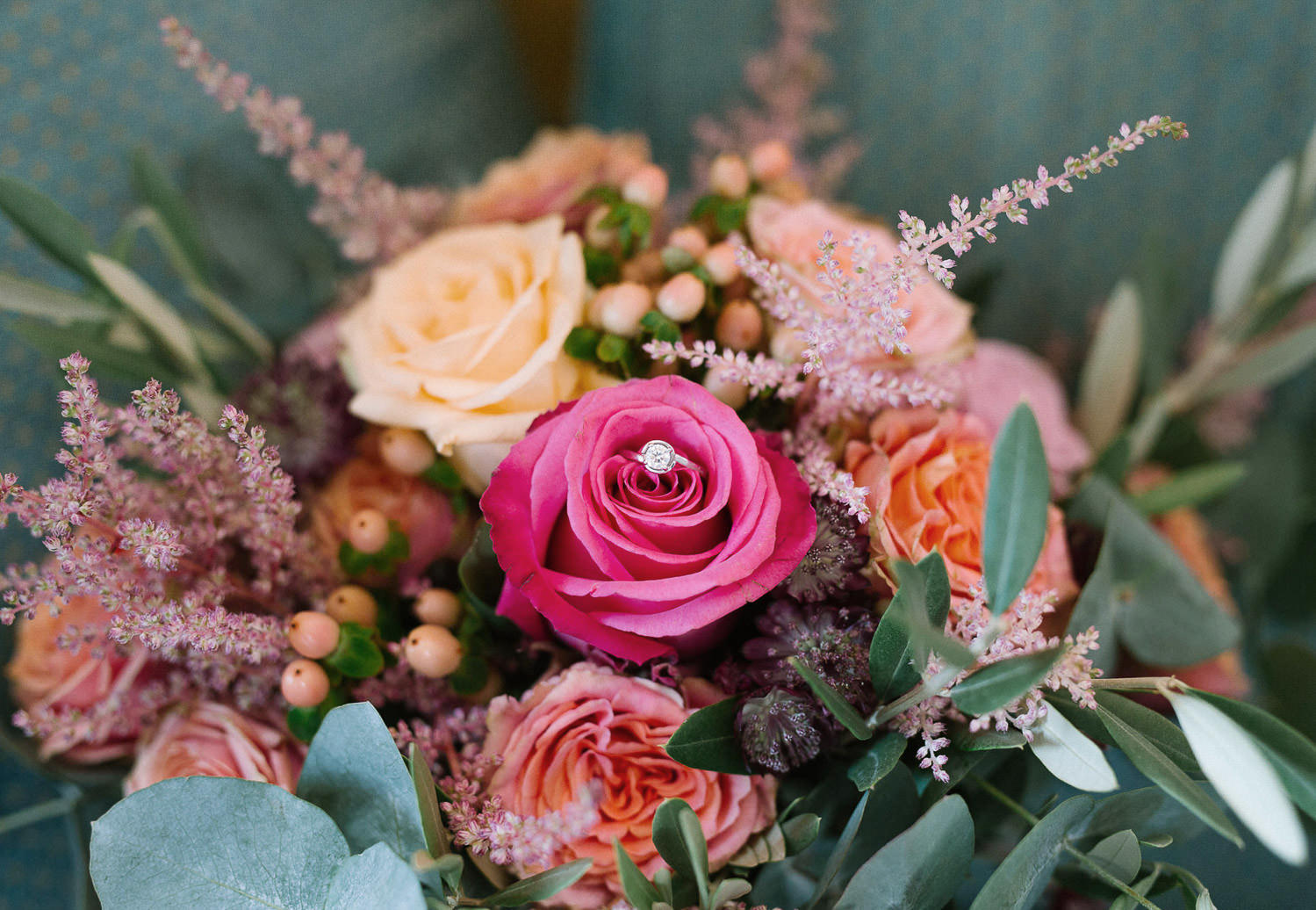 Lake Orta wedding , beautiful bouquet with engagement ring | Photo: Camilla Anchisi