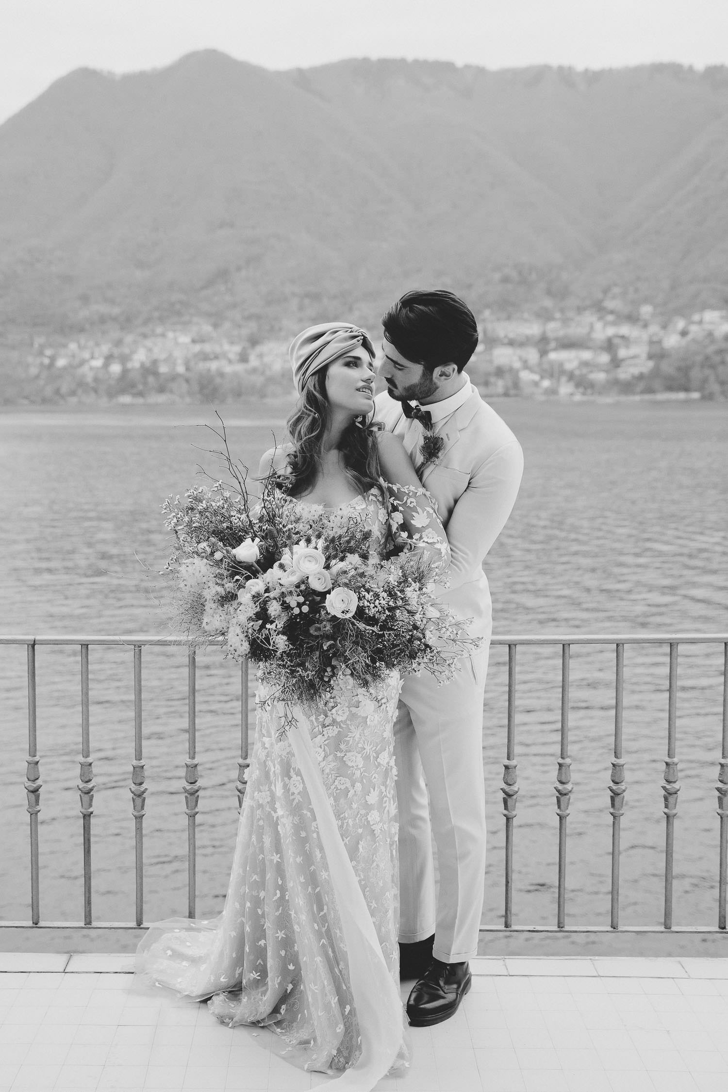 Lake Como exclusive intimate wedding - Wedding venue in Cernobbio | Photo: Camilla Anchisi - Lake Como wedding photographer