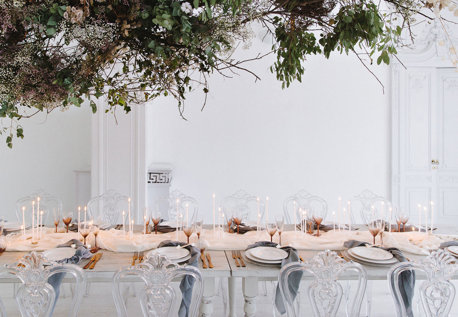 Wedding tablescape for a refined and elegant wedding on Lake Como at Villa Bianca Stucchi.