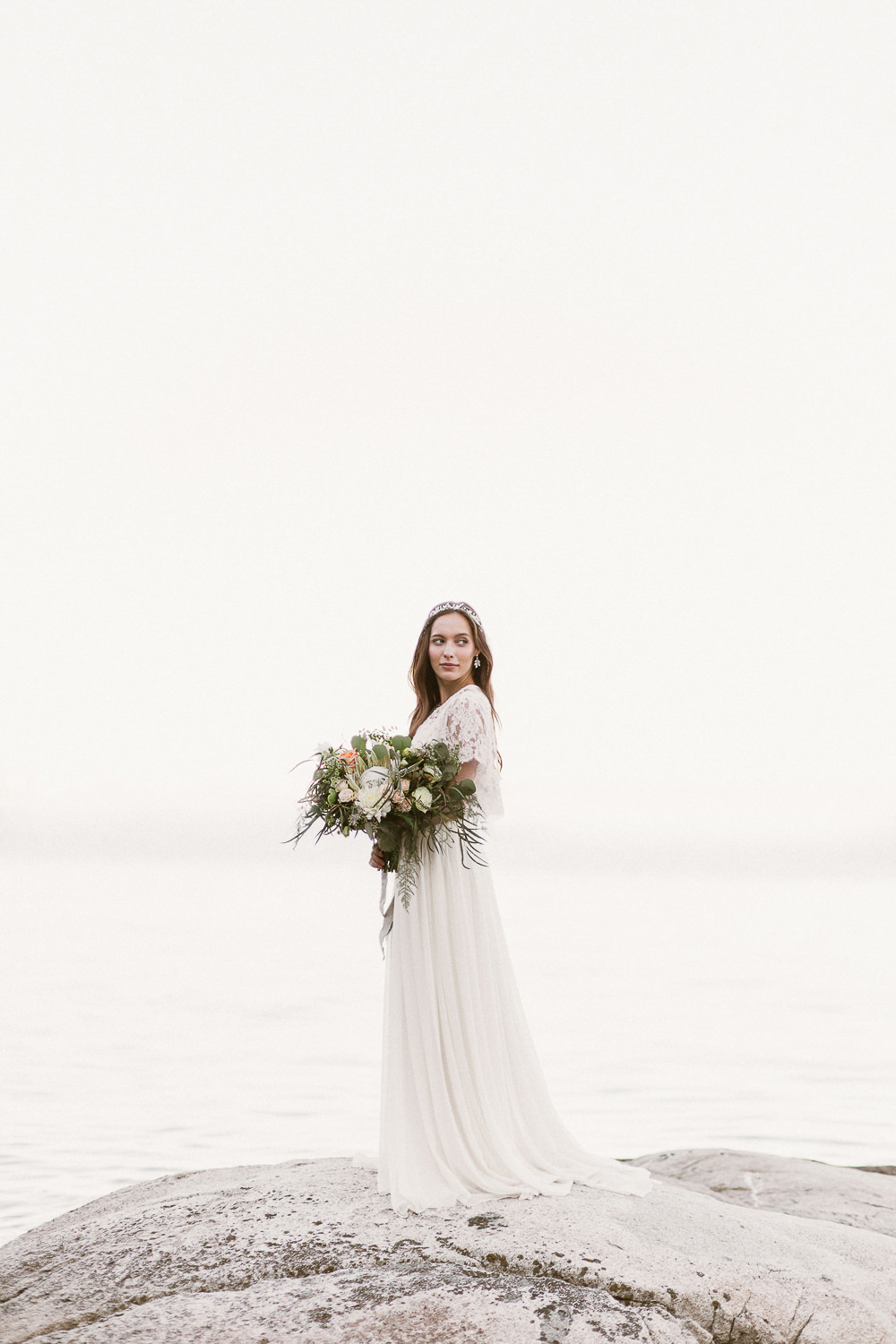 Coastal-wedding-fine-art-bride