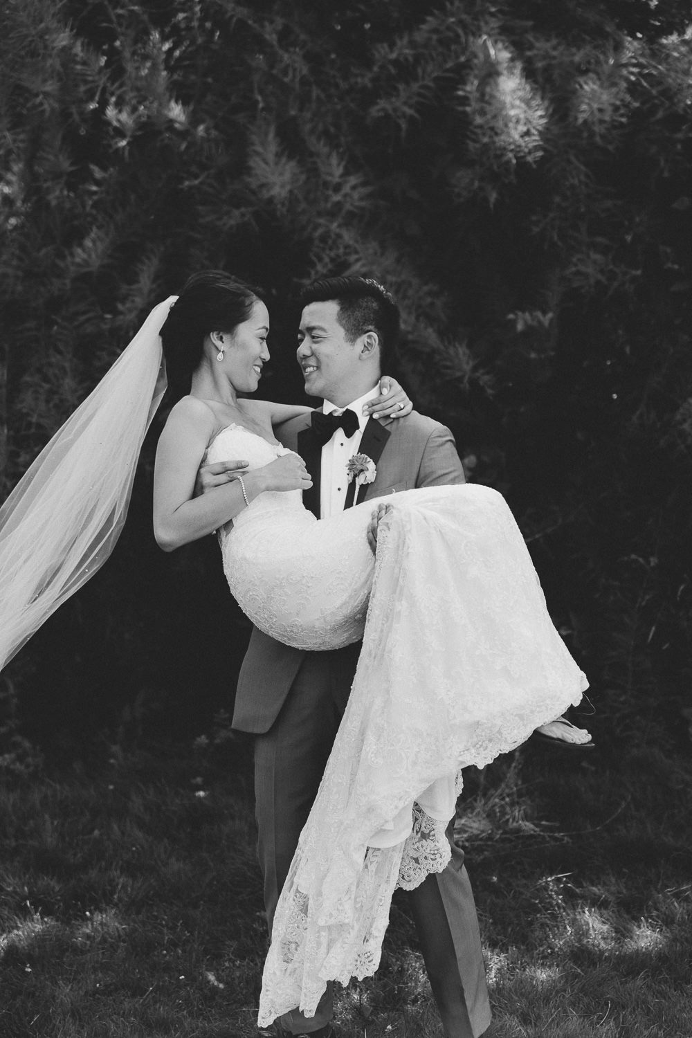 Beautiful couple during their portrait session | Photo: Camilla Anchisi Photography