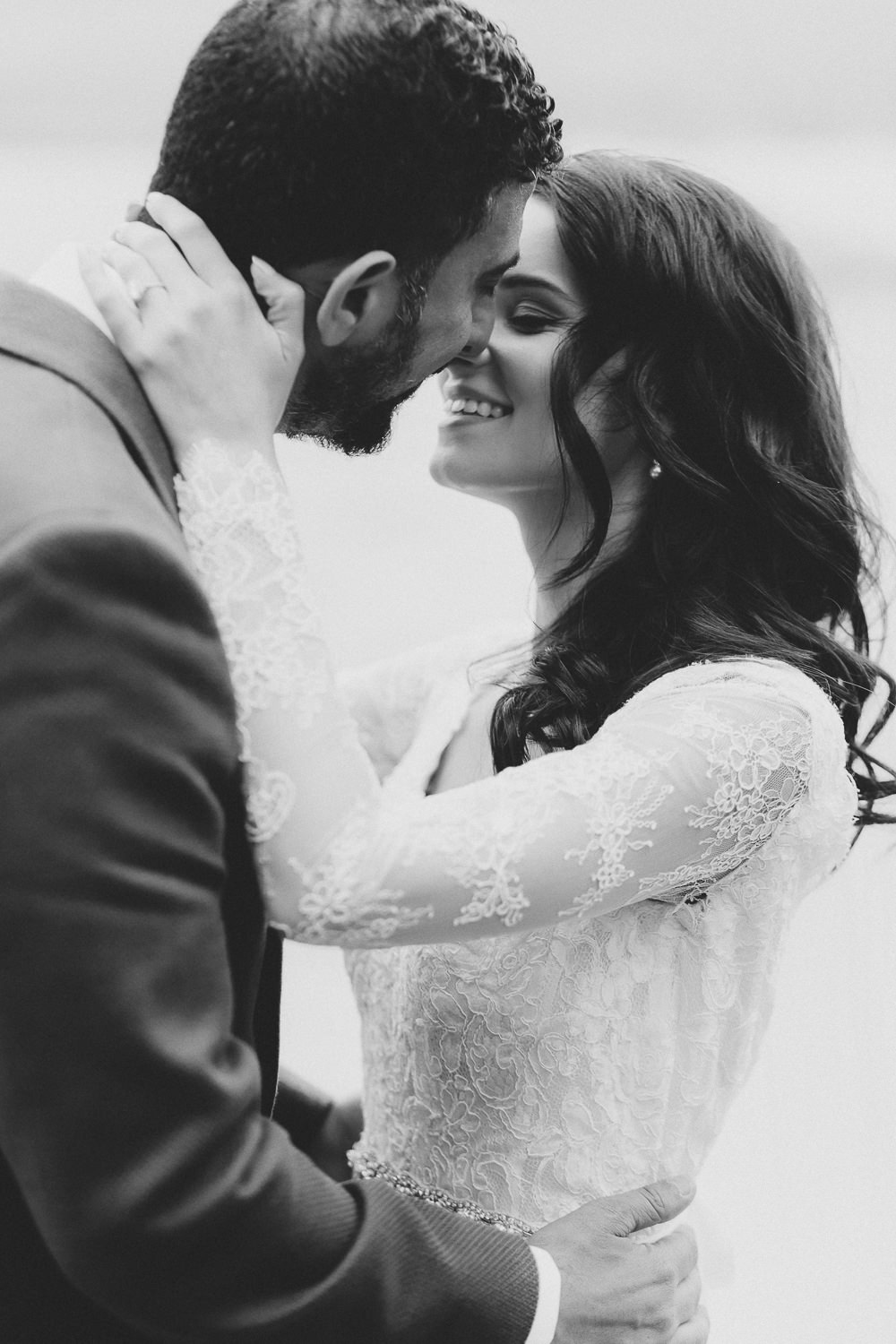 Stunning bride in her Maggie Sottiero dress | Photo: Camilla Anchisi Photography
