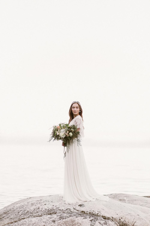Coastal-wedding-fine-art-bride