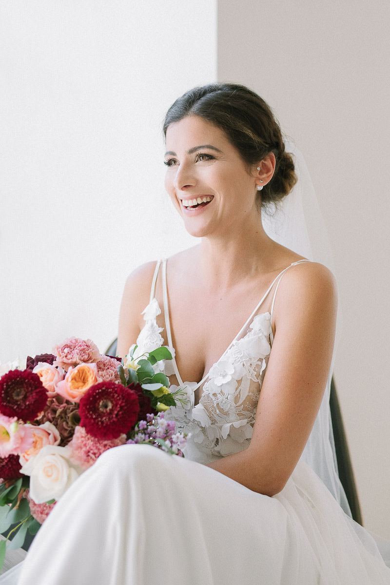 Beautiful-bride-getting-ready-Camilla-Anchisi-Photography-15